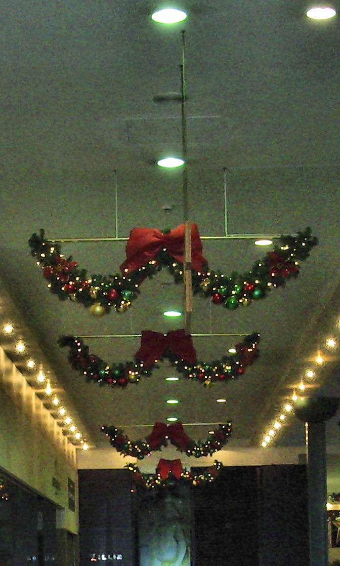 Christmas Swags From Northern Illumination Decor